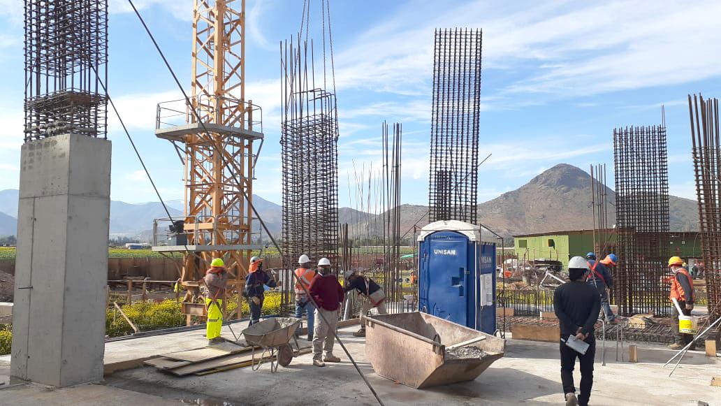 Oct. 2020 Inicio construcción pisos superiores obra gruesa, subterráneo construido (1)